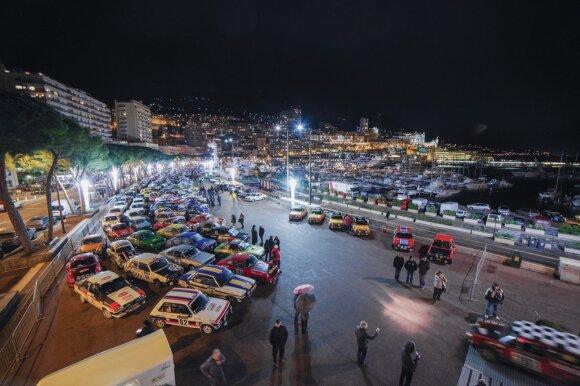 Istorinio Monte Karlo ralio finiše – įspūdingas automobilių parkas
