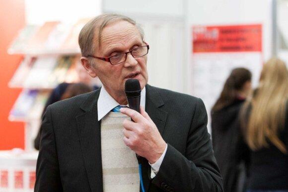 KTU profesorius V. Adomavičius