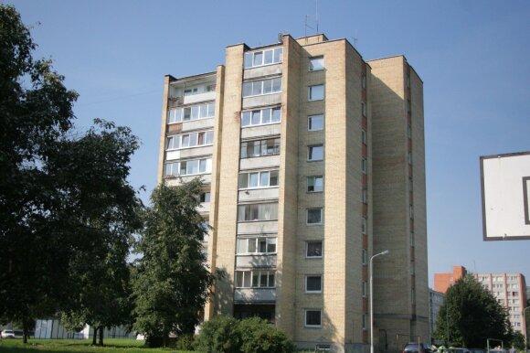 Vilniuje dviguba žmogžudystė, trečiam vyrui perpjautas kaklas