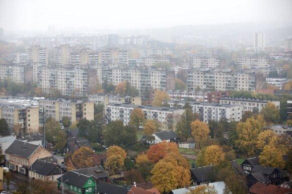 Lietuvių graibstomų butų trūkumas: dėl taupumo tenka griebtis sovietinių prailgintuvų