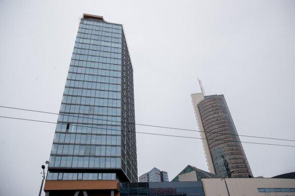 Žinomą Vilniaus advokatą užgriuvo nemalonumai: susivieniję gyventojai siekia atgauti didžiulę sumą