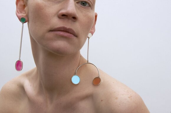Dizainerės Milenos Černiakaitės juvelyrikos darbai
