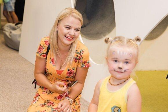 Renata Jampolskė su dukra
