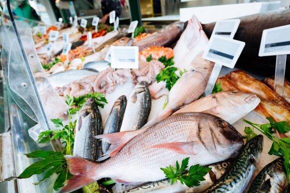 Gaminate žuvį, bet nemėgstate jos kvapo? Liaudies patikrinti būdai, kaip jo atsikratyti