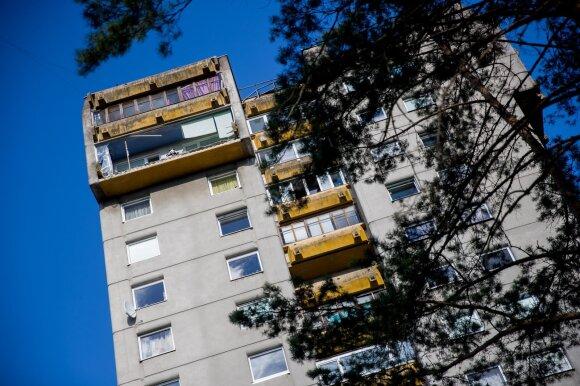Svarbiausių savaitgalio įvykių apžvalga: teršalai Klaipėdos uoste, griūvantys balkonai ir viruso plitimas