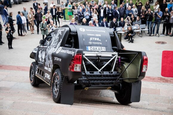 Benedikto Vanago ir Sebastiano Rozvadovskio Dakaro ralio automobilis