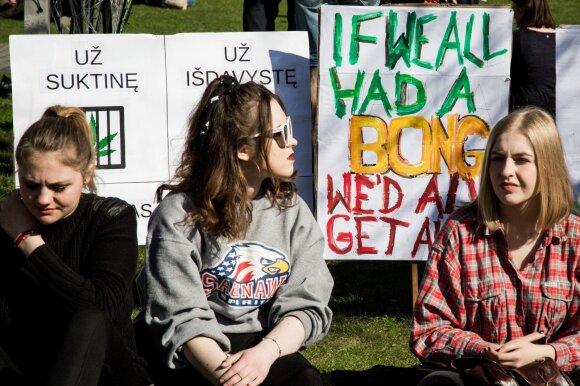Akcija už kanapių legalizavimą prie Seimo