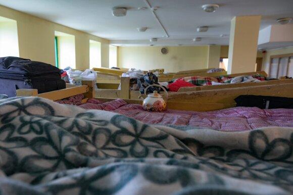 Be darbo likęs vyras šaukiasi pagalbos: 15 dienų gyvenau miške, dabar miegu oro uoste