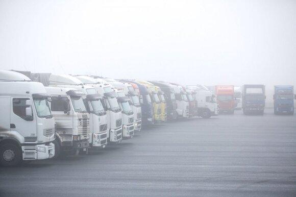 Lietuvos vežėjai laukia Lukašenkos ir Putino susitikimo verdikto: tikisi aiškumo dėl galimo Baltarusijos sienos uždarymo