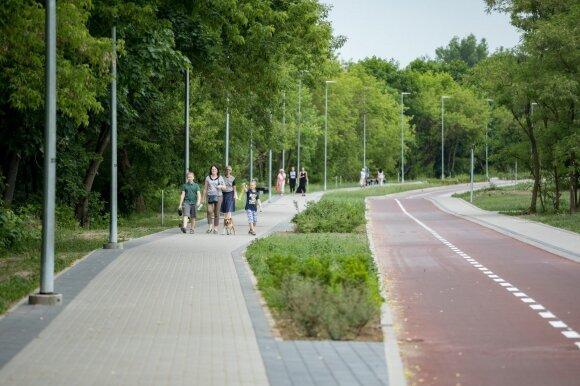 Naujas pėsčiųjų ir dviračių takas Antakalnyje
