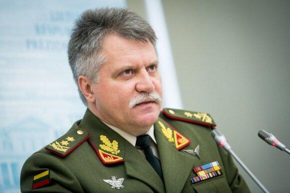 Naujasis kariuomenės vadas: Lietuvos kariuomenė nustojo vystytis