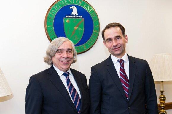 US Secretary of Energy, Dr. Ernest Moniz  and Minister of Energy Rokas Masiulis. Photo Ludo Segers