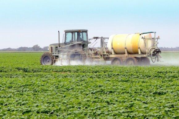 Pesticidais purškiami laukai