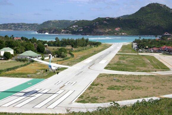 Gustavo III-ojo oro uostas Šv. Bartolomėjaus saloje