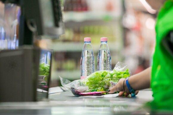 Prekybos tinklo atstovė: besibaigiančio galiojimo maistas iš mūsų parduotuvių keliauja ne į šiukšliadėžes