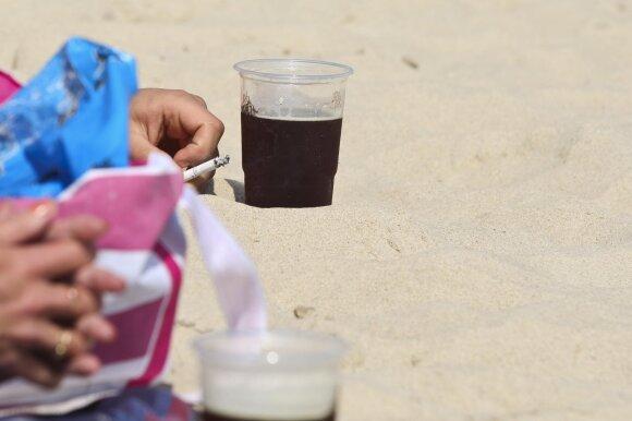 Nauji alkoholio draudimai: verslas jau skaičiuoja nuostolius ir ieško išeičių