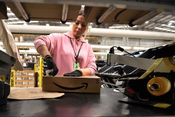 """""""Amazon"""" ir """"eBay"""" kaltinamos pardavinėjusios kosmetiką su gyvsidabriu"""