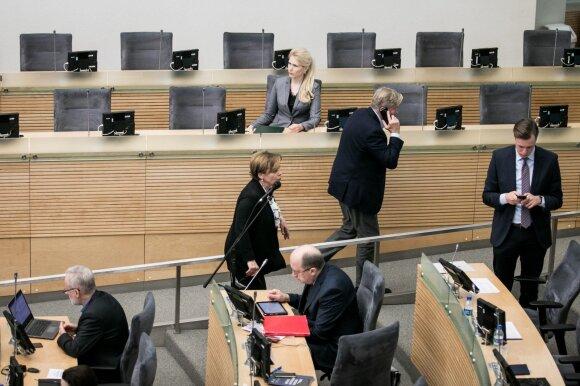 Partijų toleruojamas chaosas paliko Grybauskaitę ant ledo