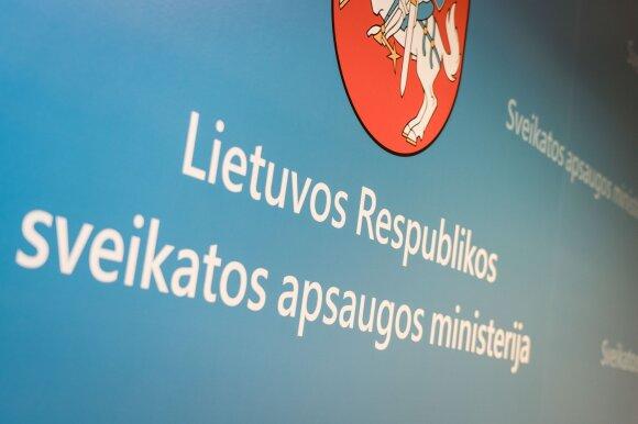 """""""Puota maro metu"""": per karantiną ministerijų valdininkų atlyginimai kilo tūkstančiais"""