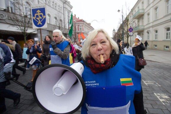 Skandalas: streikavusiems mokytojams nuraminti – moksleiviams skirti milijonai