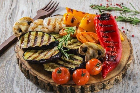 Grilio sezono pavojai: kaip sveikai paruošti mėsą