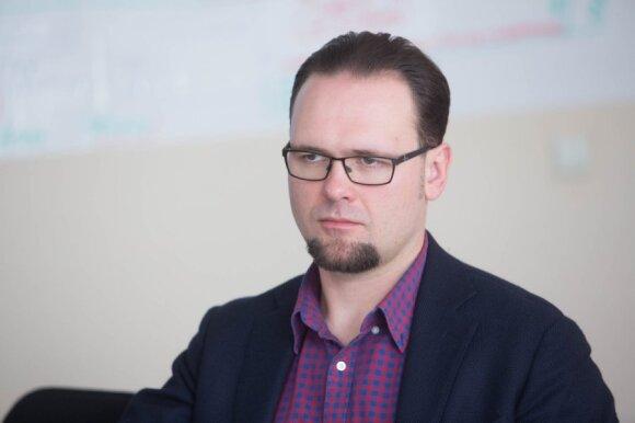 """Vilniečiams šildymas dar gali brangti: """"Vilniaus energijos"""" žaidimai tęsiasi"""