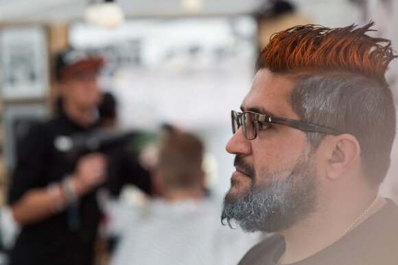 Praeityje populiarių vyrų šukuosenų versijos šiandien yra 2018 m. tendencija