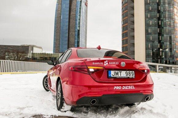 """Gamintojai iš """"Alfa Romeo Giulia"""" tikisi nemažai"""