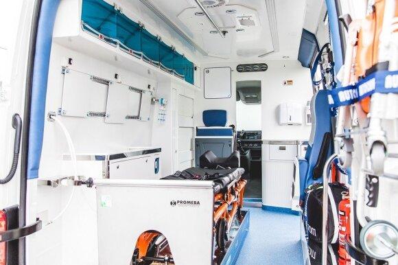 Šiandien į gatves išrieda 22 Lietuvoje sukurti nauji greitosios medicinos pagalbos automobiliai