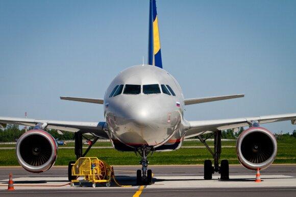 Sukrėsta aviacijos rinka griauna ir lietuvių kalėdinius planus