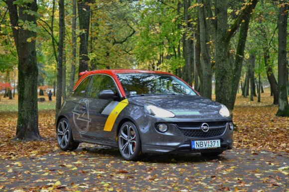 """""""Opel Adam S"""" Lietuvoje alternatyvų iš esmės neturi"""