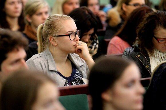 Nuo seno naudojamas metodas, kuris mokiniams kelia šiurpą: Europa to jau atsisakė