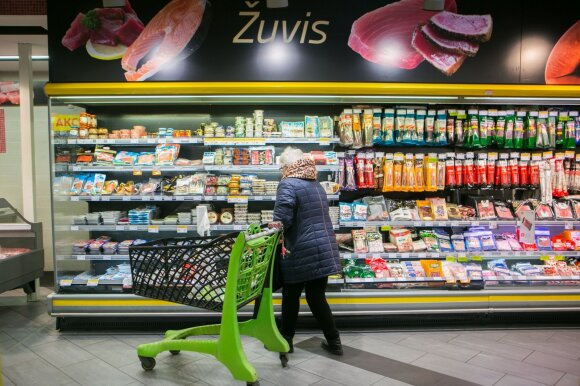 Visuose prekybos centruose fiksuojama daugiau COVID–19 atvejų – tik informuoja skirtingai