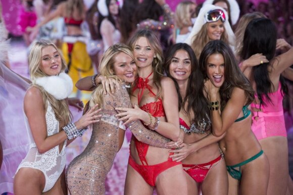 """Victoria's Secret"" šou 2015"