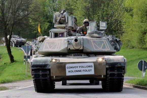 jav-tankai-pratybose-vokietijoje-77906105.jpg