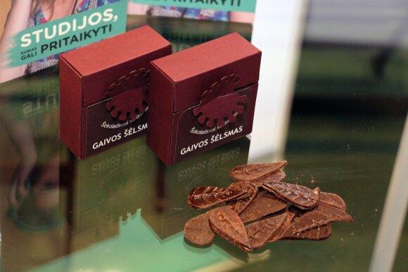Aukso medalį pelnęs gaminys - šokoladiniai saldainiai su topinambais