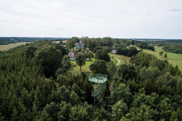 Lietuviškos tundros paslaptys: gausus Skandinavijos palikimas ir lankytojus traukianti muflonų banda