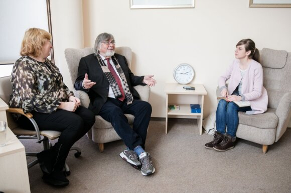 Apie didelę Lietuvos problemą kalbėjęs švedų psichoterapeutas įžvelgė lyčių skirtumus: moterys vyrams turėtų padėti