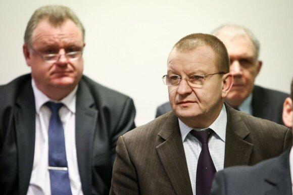 Policijos departamento byla dėl D.Kedžio žudynių (kairėje - Algirdas Matonis)