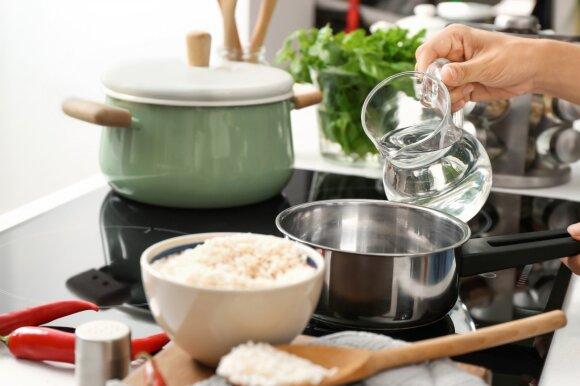 Kuo ryžių vanduo naudingas plaukams?