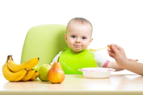 kūdikis, vaikas, primaitinimas, košė, daržovės, vaisiai, mityba, seilinukas, bananai, kriaušė, obuolys, švara
