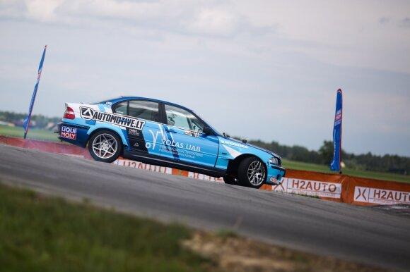 Lietuvos <em>drifto</em> čempionatas įpusėjo: kas šiemet matuosis <em>drifto</em> karaliaus karūną?