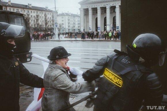 Белорусская пенсионерка: заграница — журавль в небе, а в руках вот она — синица