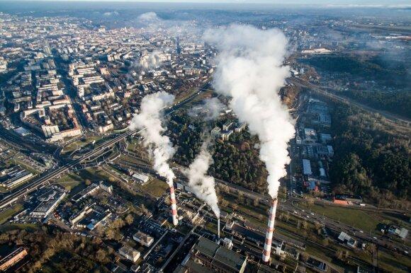 Gamyklų išmetami teršalai