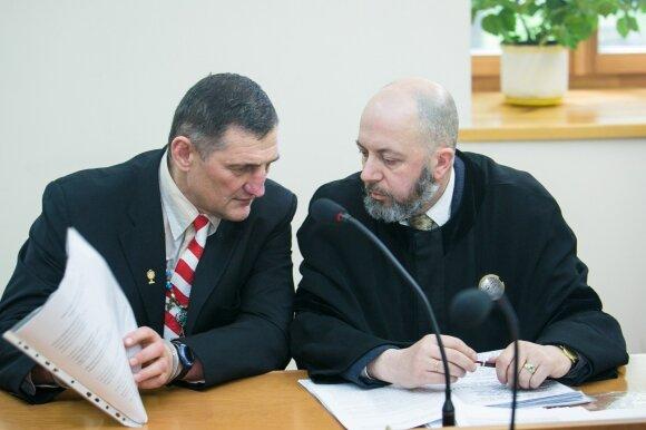 Henrikas Daktaras ir advokatas Vytautas Sirvydis
