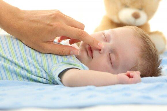 Specialistė patarė, kaip teisingai sudaryti kūdikio dienotvarkę