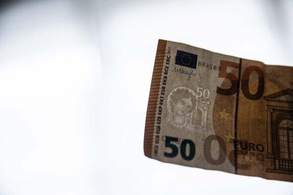 15 įmonių išmokėjo daugiau nei 10 tūkst. eurų: didžiausi atlyginimai siekia beveik 23 tūkst. eurų