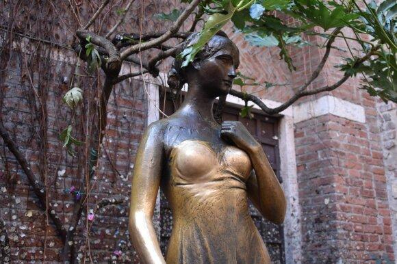 Džiuljetos statula Veronoje
