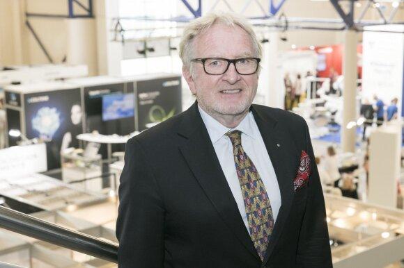 Dr. Wolfgang Doneus