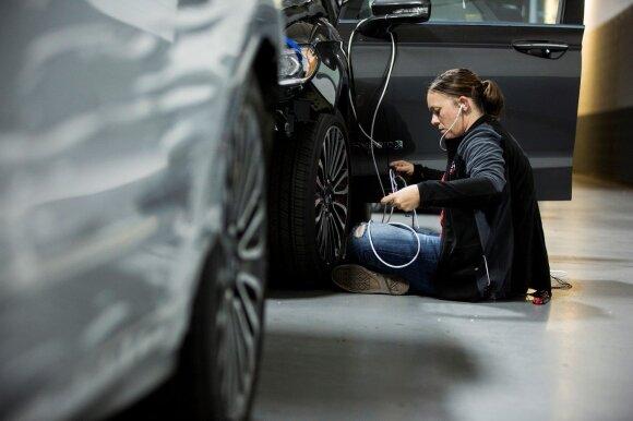 """Autonomiško """"Ford Fusion Hybrid"""" technologijų kūrimas"""